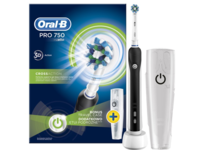 Oral-B PRO 750 Cross Action fogkefe + úti tok 2016OND